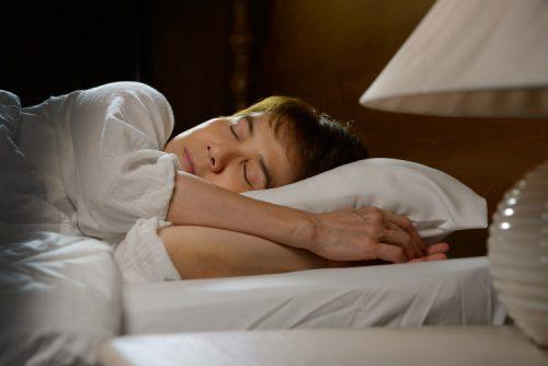 Tyngdtäcke ger bättre sömn